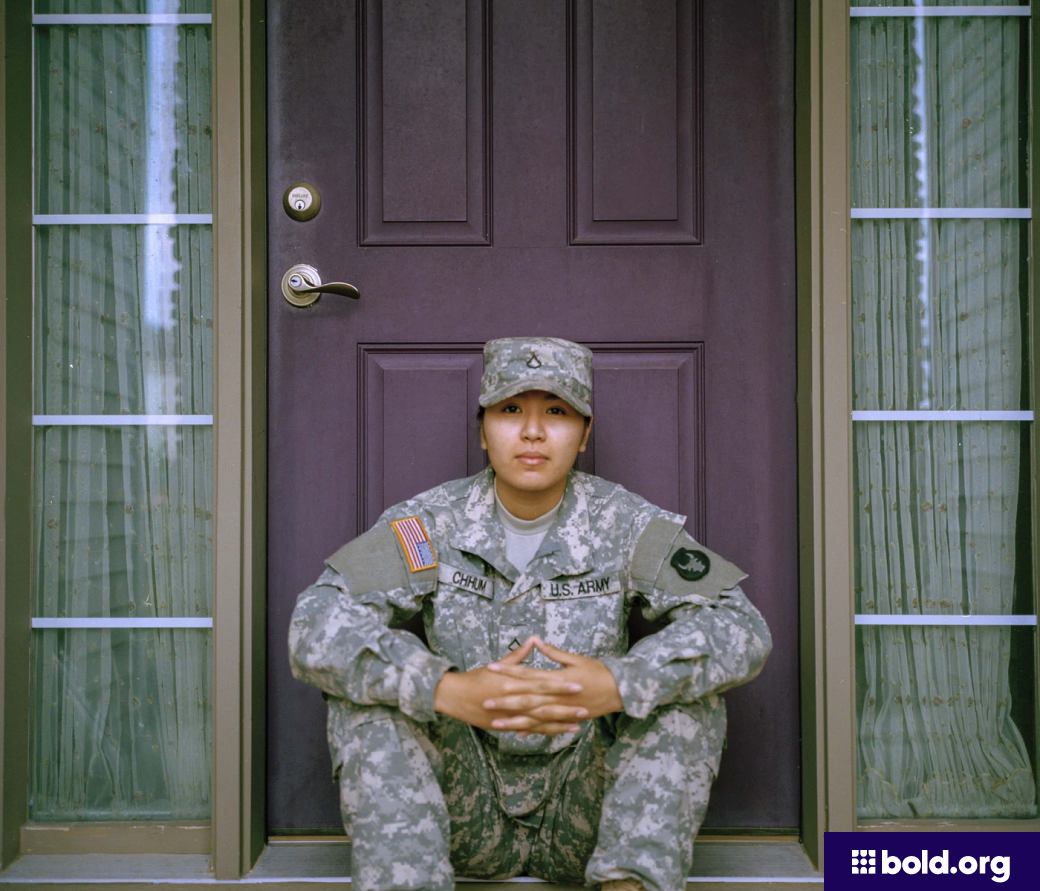 US ARMY female soldier
